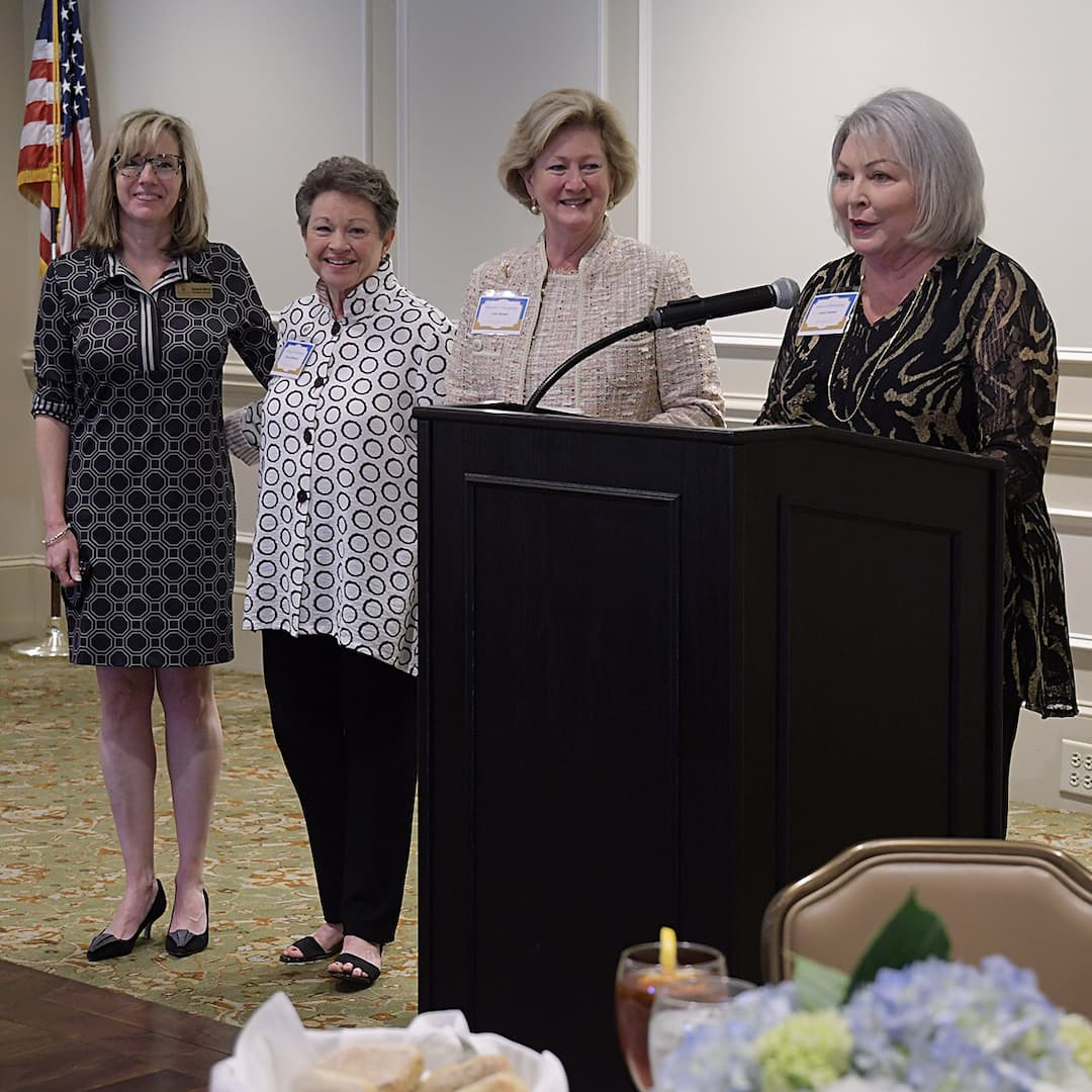 Community Ministry of North Augusta receiving award